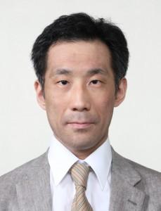 井上先生顔写真